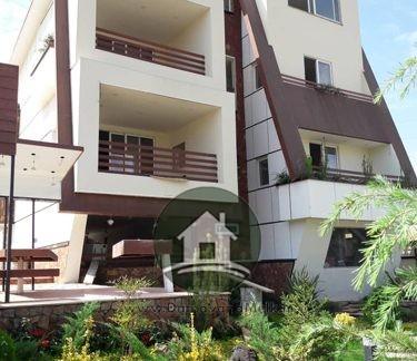 ویلا در شهرک در دماوند تریپلکس در فازدو هشت بهشت با مشخصات :